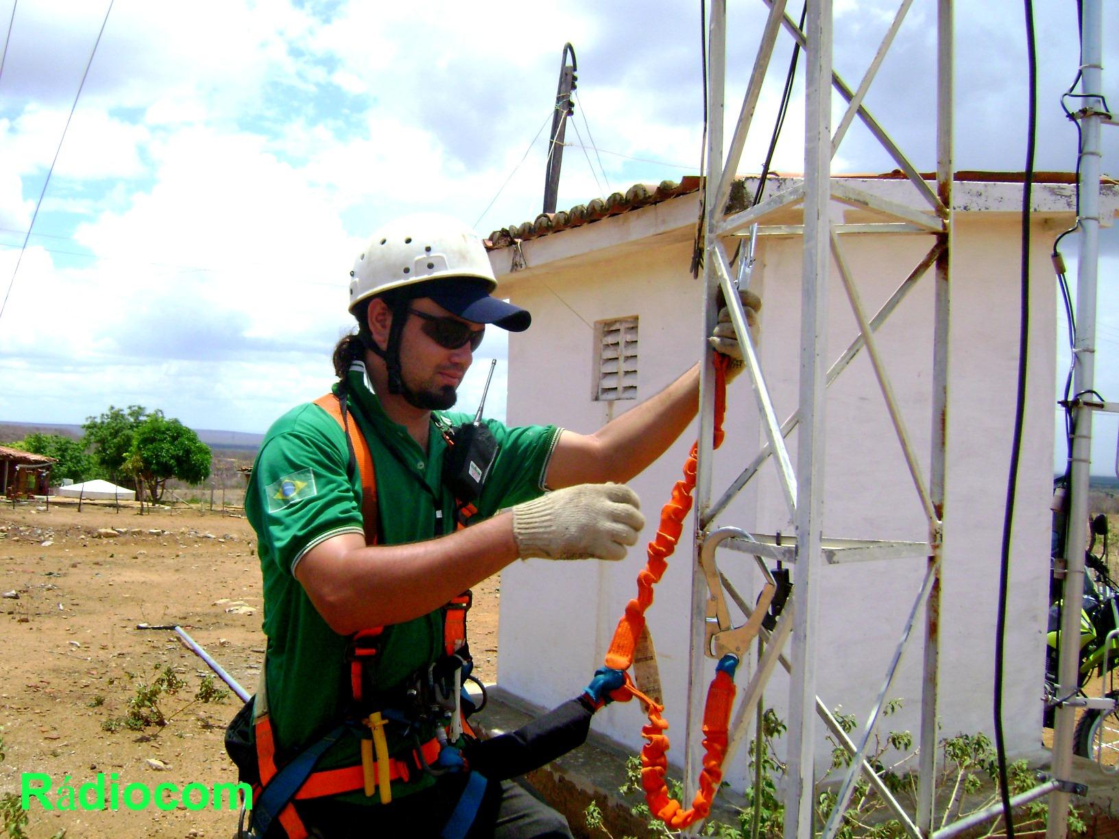 Instalação da repetidora do sistema de rádio do Samu metropolitano do RN
